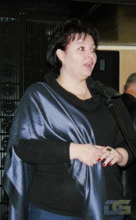 Выступает Мороз Ольга Юрьевна - заведующая отделом музейной педагогики Мемориального музея космонавт